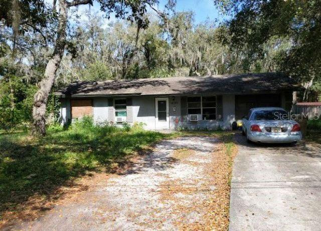 16101 UMATILLA PLACE Property Photo - UMATILLA, FL real estate listing
