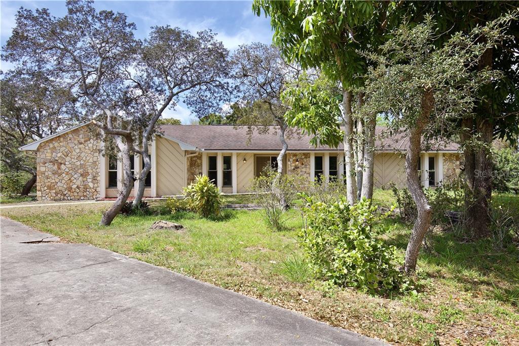 8710 LANSMERE LANE Property Photo