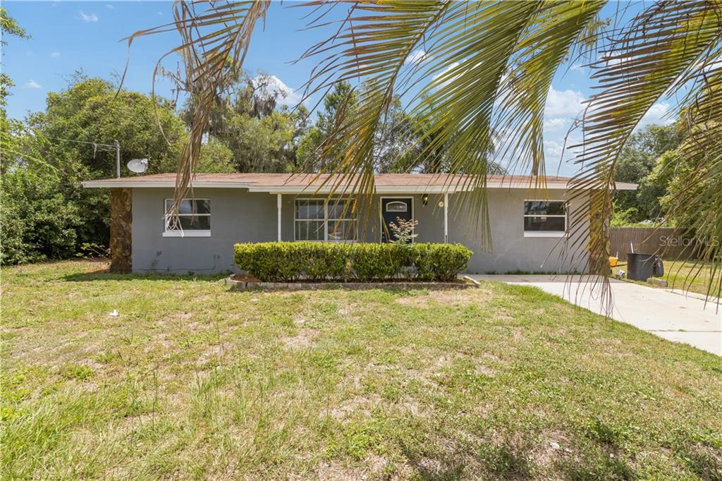 1003 RED BUD STREET Property Photo - COLEMAN, FL real estate listing