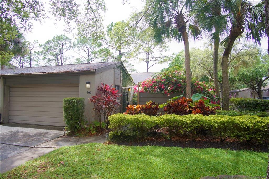 700 DRYWOOD AVE Property Photo - FERN PARK, FL real estate listing
