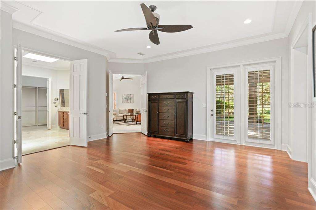 10106 CHILTERN GARDEN DRIVE Property Photo - ORLANDO, FL real estate listing