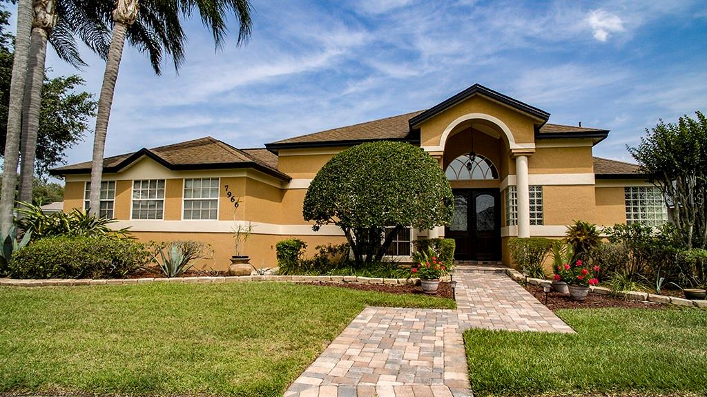 7966 CANYON LAKE CIR Property Photo - ORLANDO, FL real estate listing
