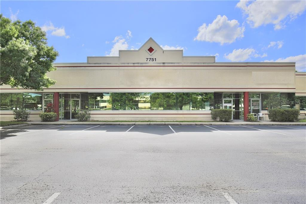 7751 Kingspointe Parkway #101 Property Photo