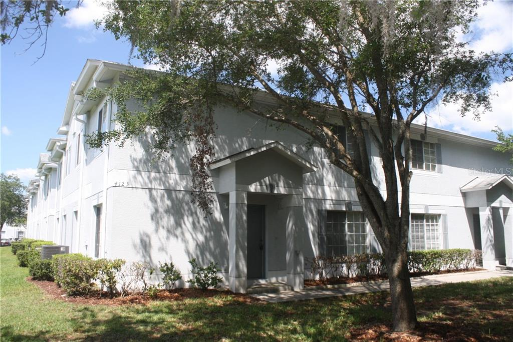 4123 WATERSIDE ISLAND COURT Property Photo - TAMPA, FL real estate listing