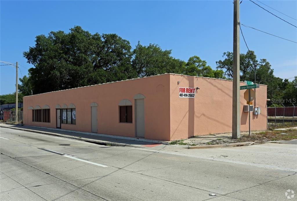 1877 S ORANGE BLOSSOM TRAIL Property Photo - ORLANDO, FL real estate listing