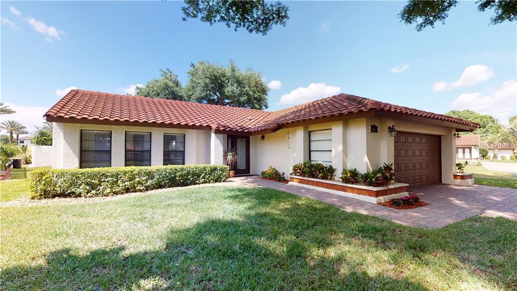8019 N MADEIRA COURT Property Photo - ORLANDO, FL real estate listing