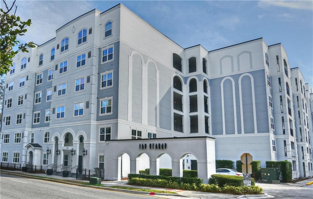 206 E South Street #1007 Property Photo