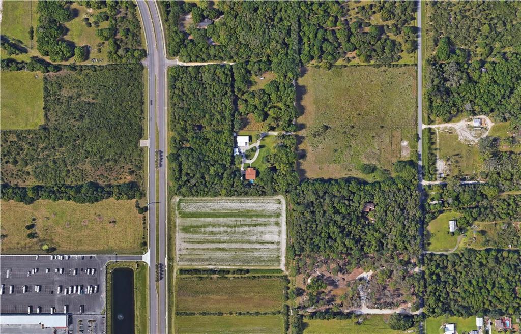 2690 RICHMOND AVE Property Photo - SANFORD, FL real estate listing