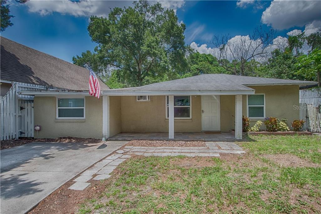 2315 E CRYSTAL LAKE AVE Property Photo - ORLANDO, FL real estate listing