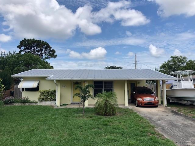 574 COMANCHE AVENUE Property Photo - MELBOURNE, FL real estate listing