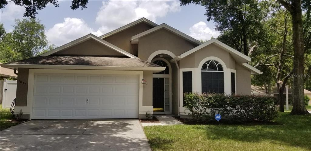 1037 ROYAL OAKS DR Property Photo - APOPKA, FL real estate listing