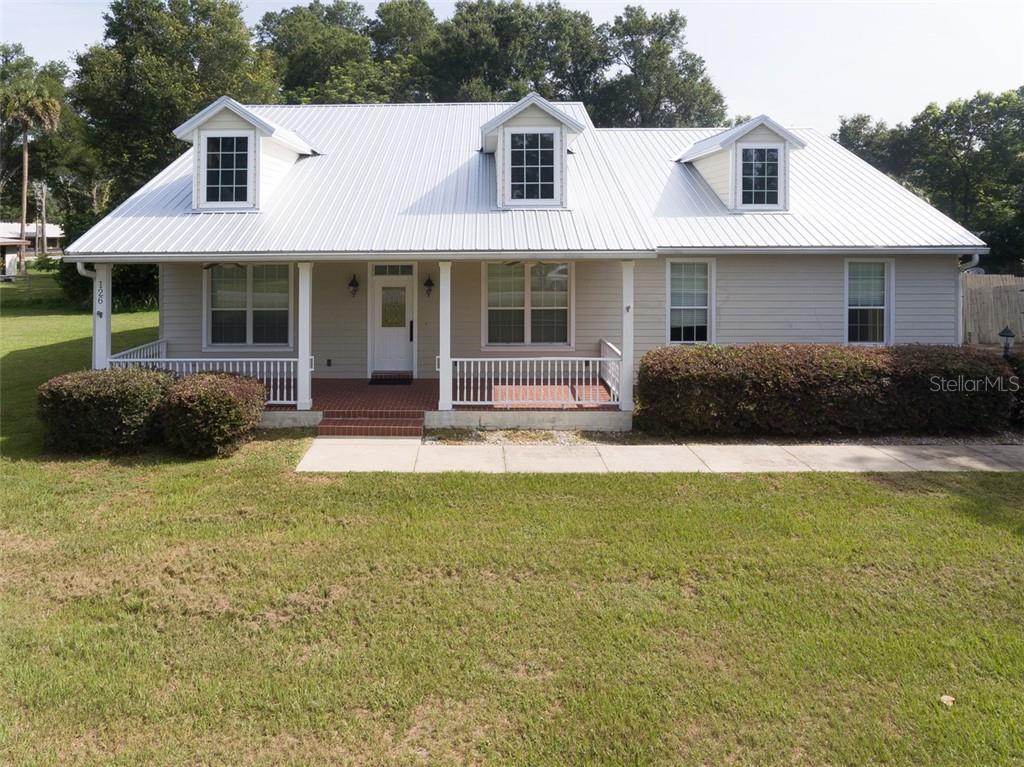 126 E WASHINGTON AVENUE Property Photo - LAKE HELEN, FL real estate listing