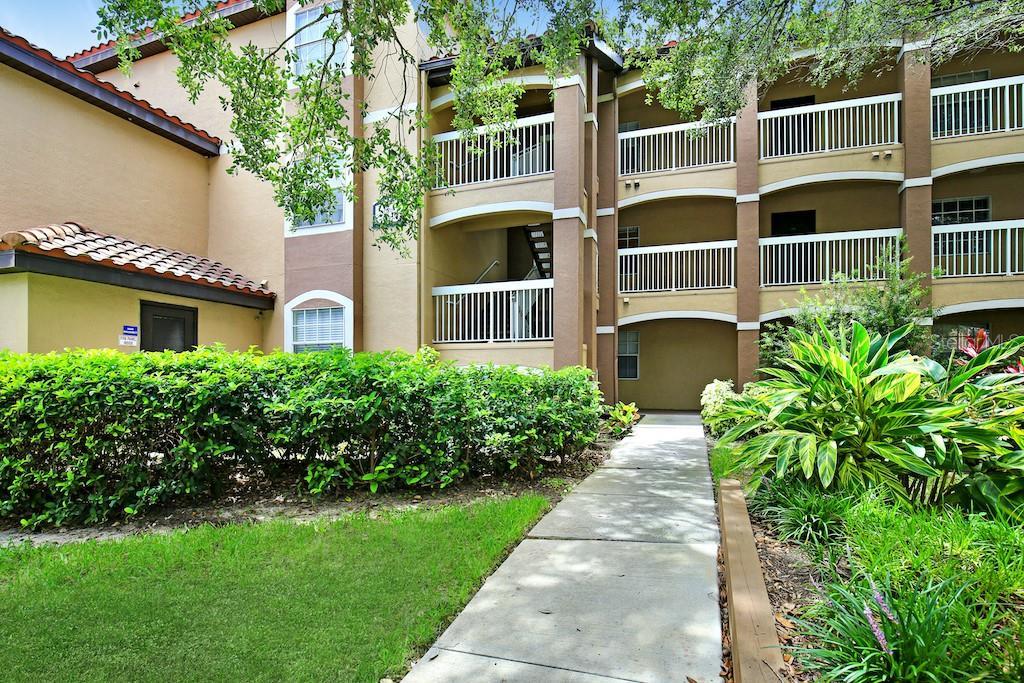 13839 FAIRWAY ISLAND DR #1123 Property Photo - ORLANDO, FL real estate listing