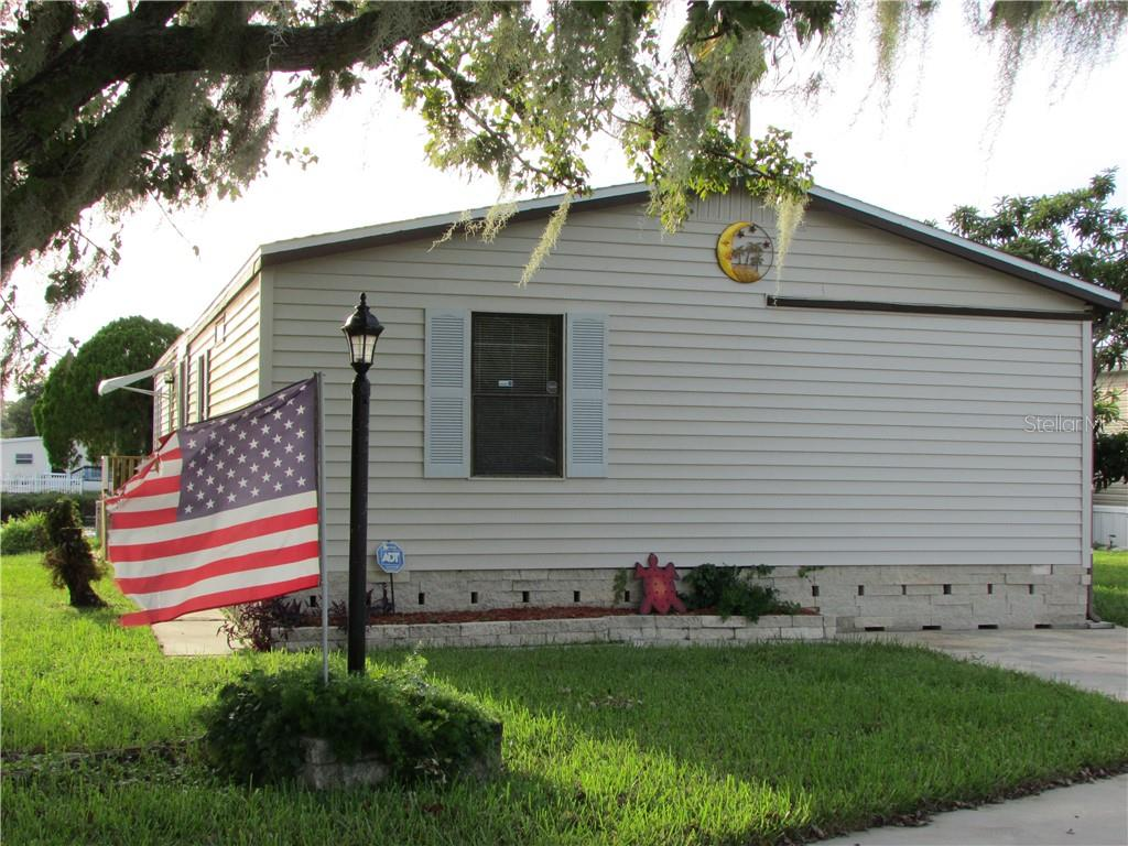 5444 Wood Street Property Photo