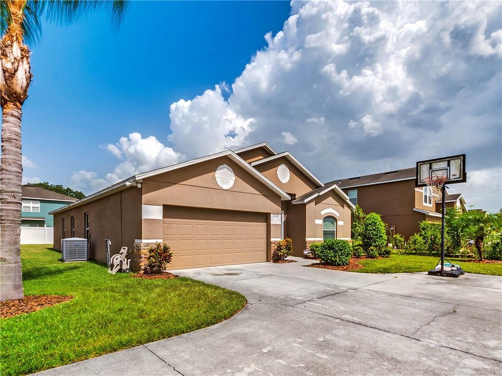 7238 RUNDLEWAY CT Property Photo - ORLANDO, FL real estate listing