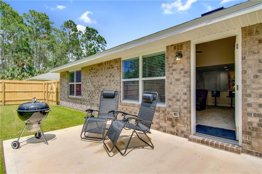 83 Point Of Woods Dr Property Photo