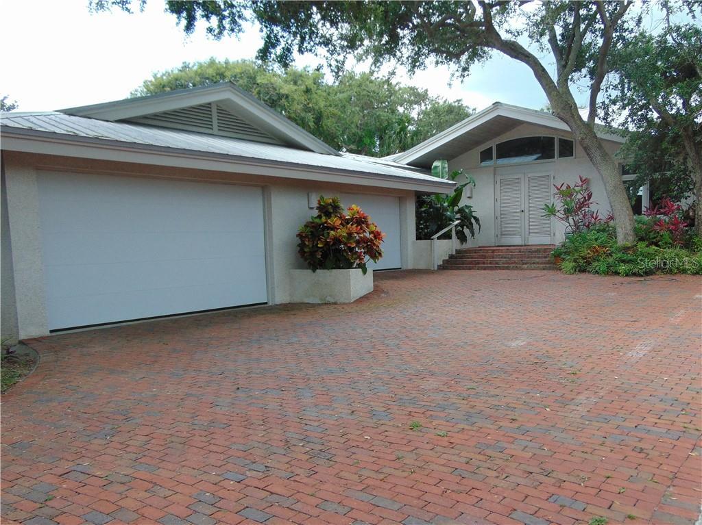 1410 N Peninsula Avenue Property Photo