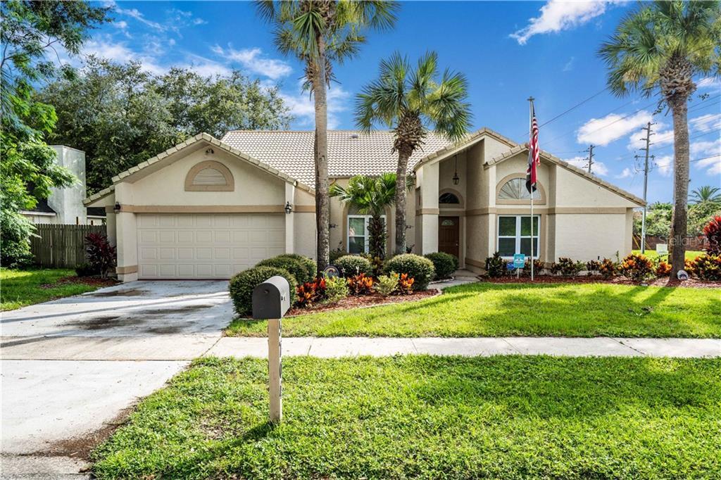 5704 BAY SIDE DR Property Photo - ORLANDO, FL real estate listing