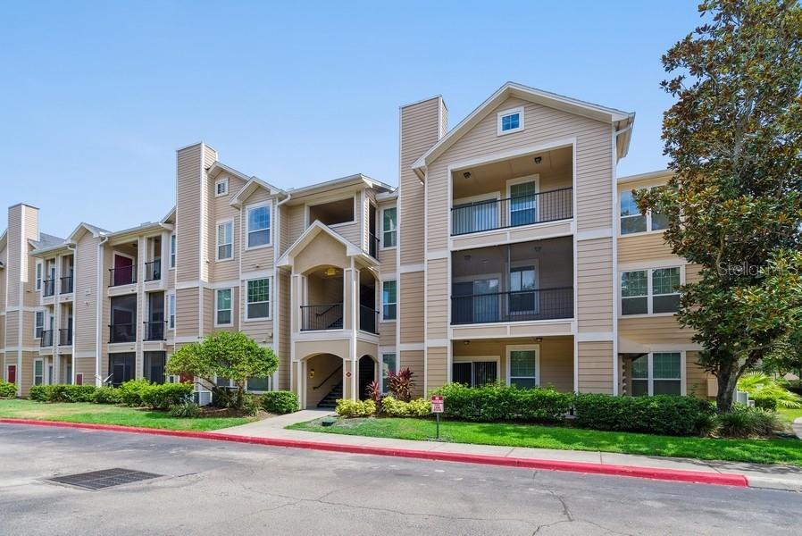 1990 ERVING CIR #301 Property Photo - OCOEE, FL real estate listing
