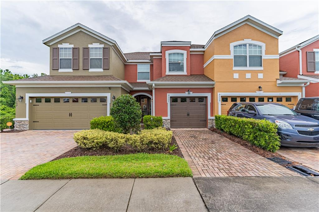 9311 STRONGBARK LN Property Photo - ORLANDO, FL real estate listing