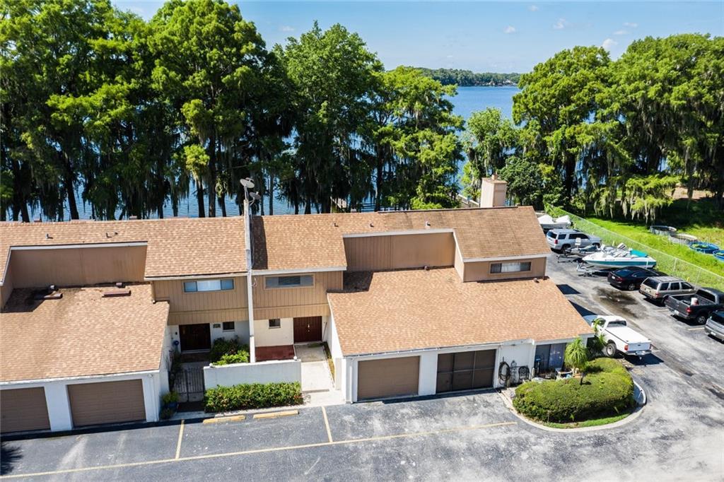 207 Lago Vista Boulevard Property Photo