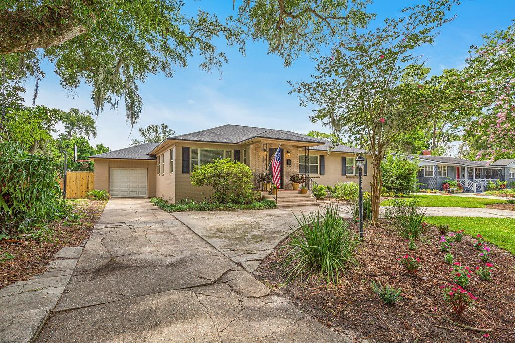 32207 Real Estate Listings Main Image