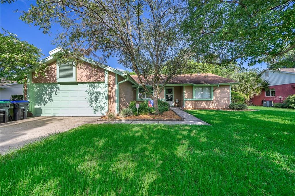 124 N ULYSSES DRIVE Property Photo - APOPKA, FL real estate listing