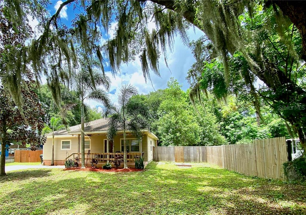 125 10TH AVE Property Photo - OCOEE, FL real estate listing