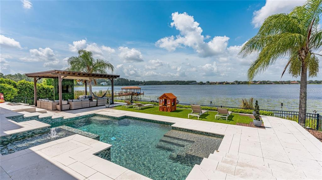14526 AVENUE OF THE RUSHES Property Photo - WINTER GARDEN, FL real estate listing