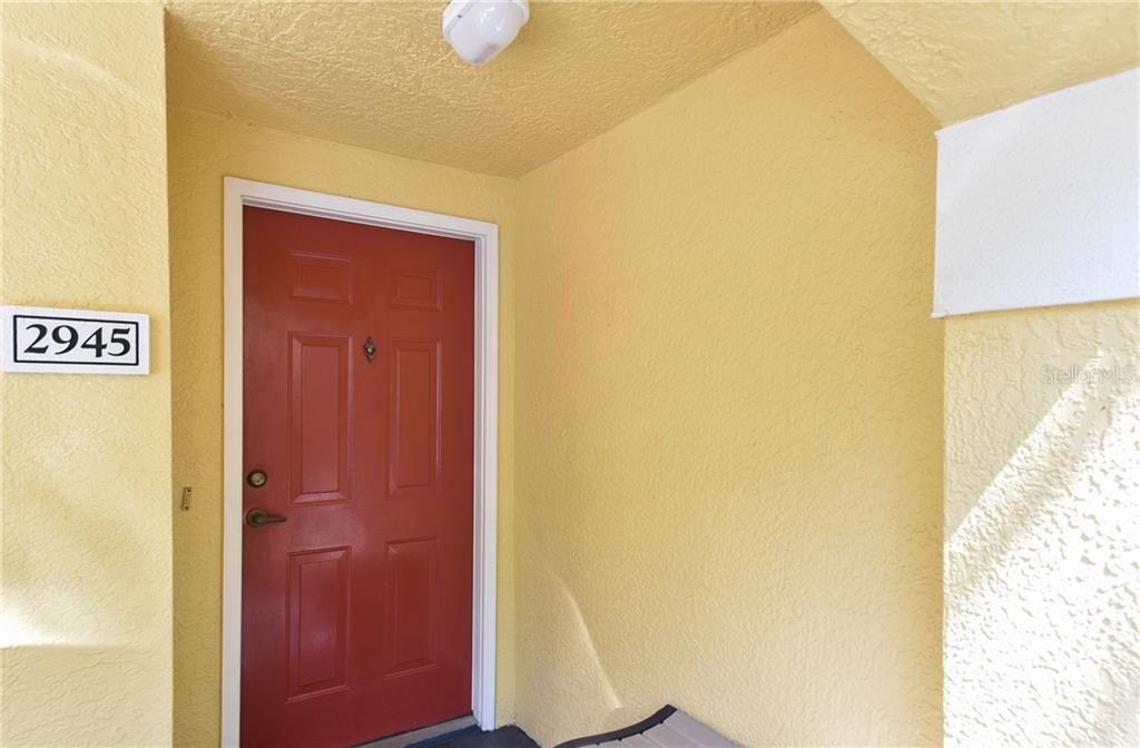 2945 SHADOW VIEW CIRCLE #2945 Property Photo