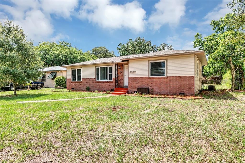 1642 50TH AVENUE N Property Photo - ST PETERSBURG, FL real estate listing