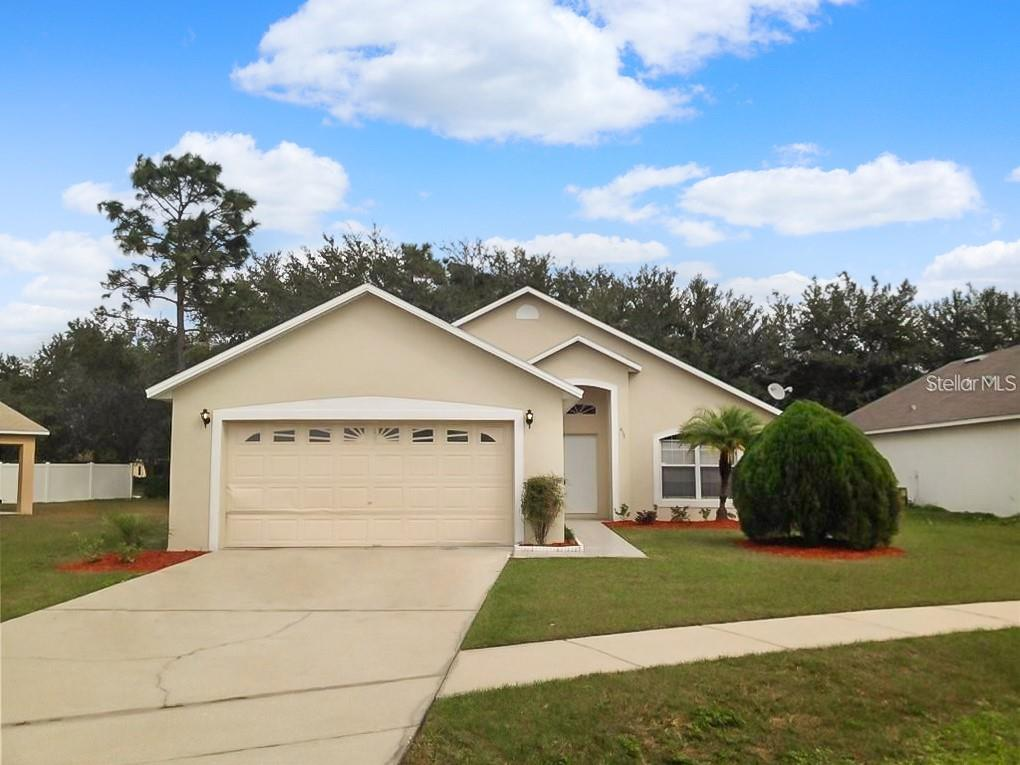 417 PEPPERMILL CIR Property Photo - KISSIMMEE, FL real estate listing