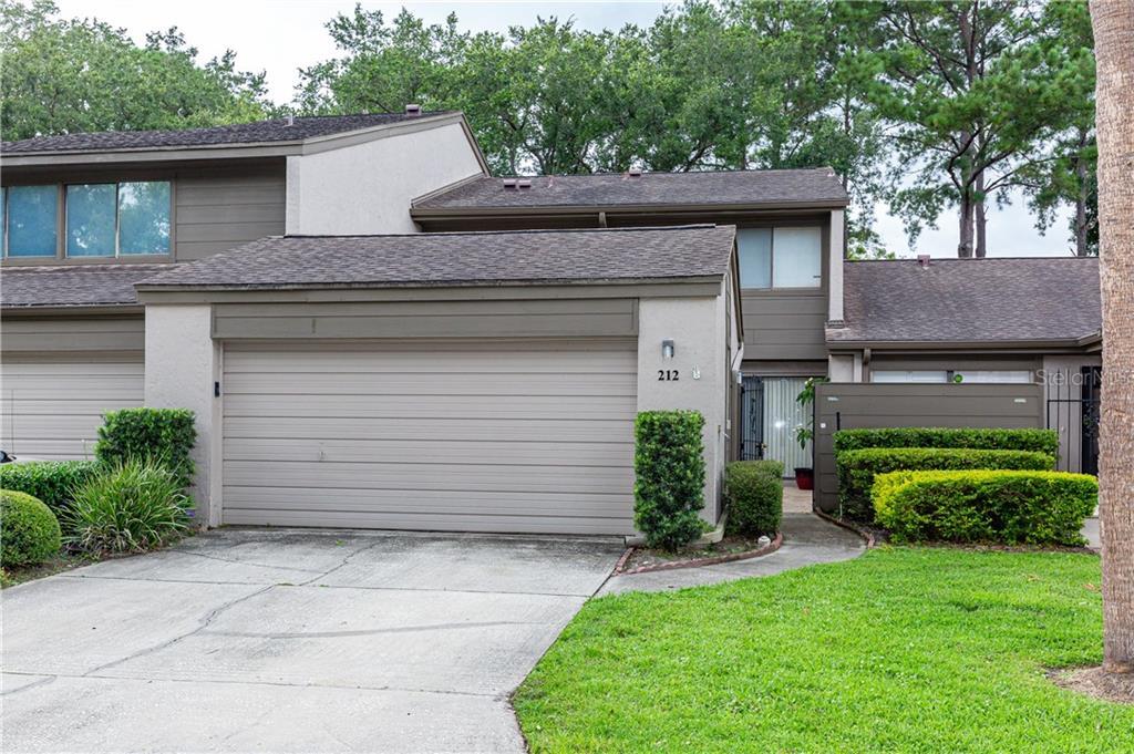 212 NETTLEWOOD LN Property Photo - FERN PARK, FL real estate listing