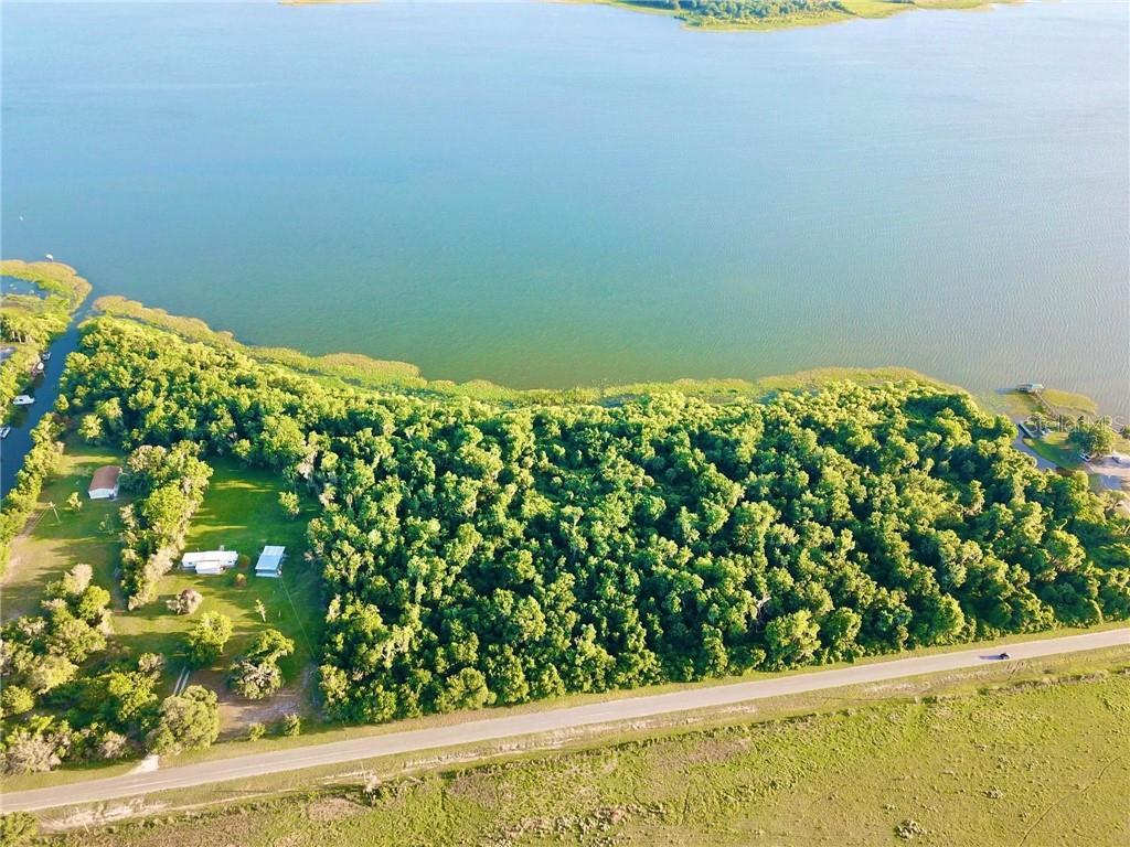 650 Lakeside Boulevard Property Photo