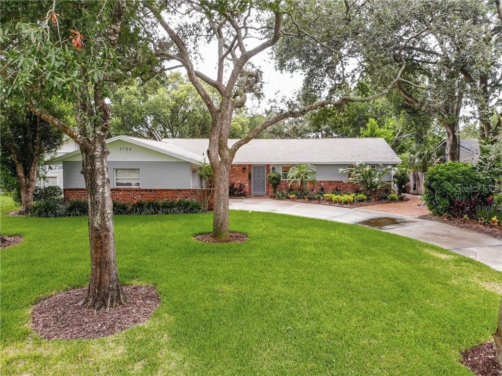 2106 WOODCREST DR Property Photo - WINTER PARK, FL real estate listing