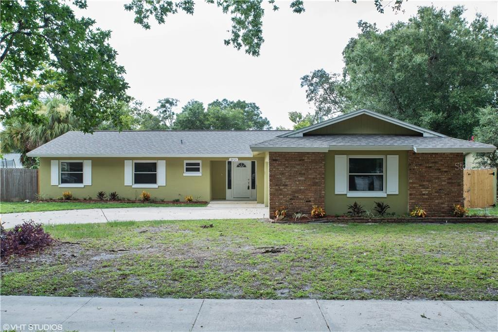 2021 COLLIER DRIVE Property Photo - FERN PARK, FL real estate listing
