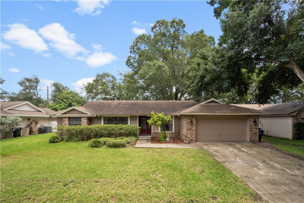 8810 HILLSDALE DR Property Photo - ORLANDO, FL real estate listing