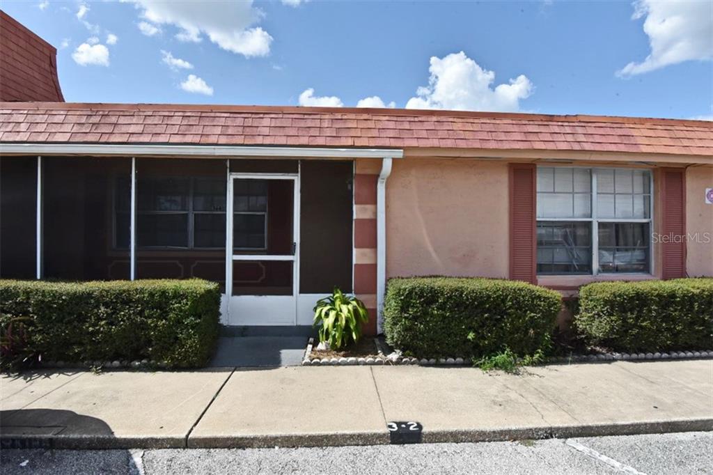 2727 W Oak Ridge Road #4 Property Photo