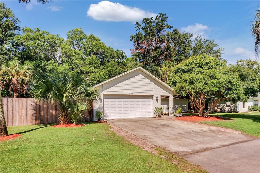 3002 SILVER PALM DRIVE Property Photo - EDGEWATER, FL real estate listing