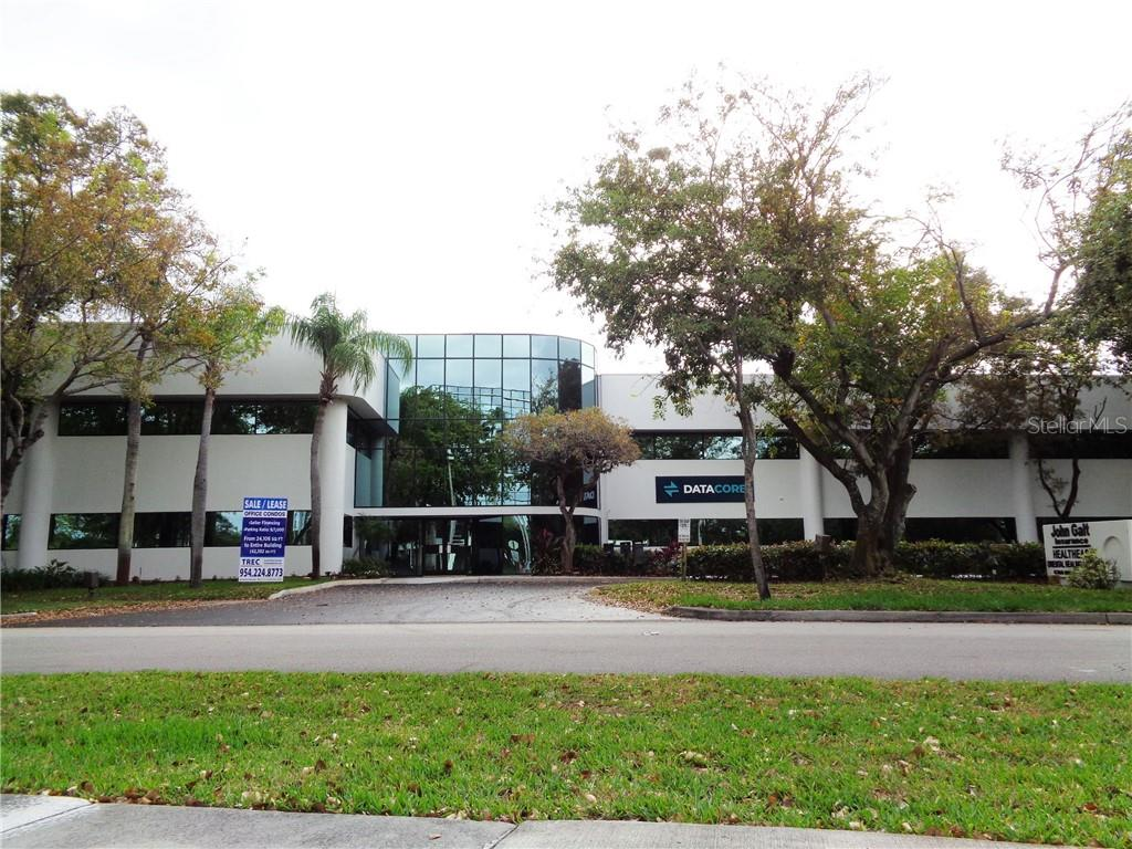 6300 NW 5TH WAY #Combo Property Photo - FORT LAUDERDALE, FL real estate listing
