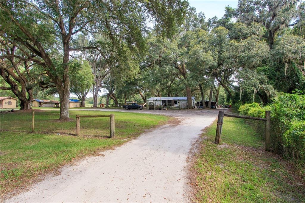 3694 SR 50 Property Photo - WEBSTER, FL real estate listing