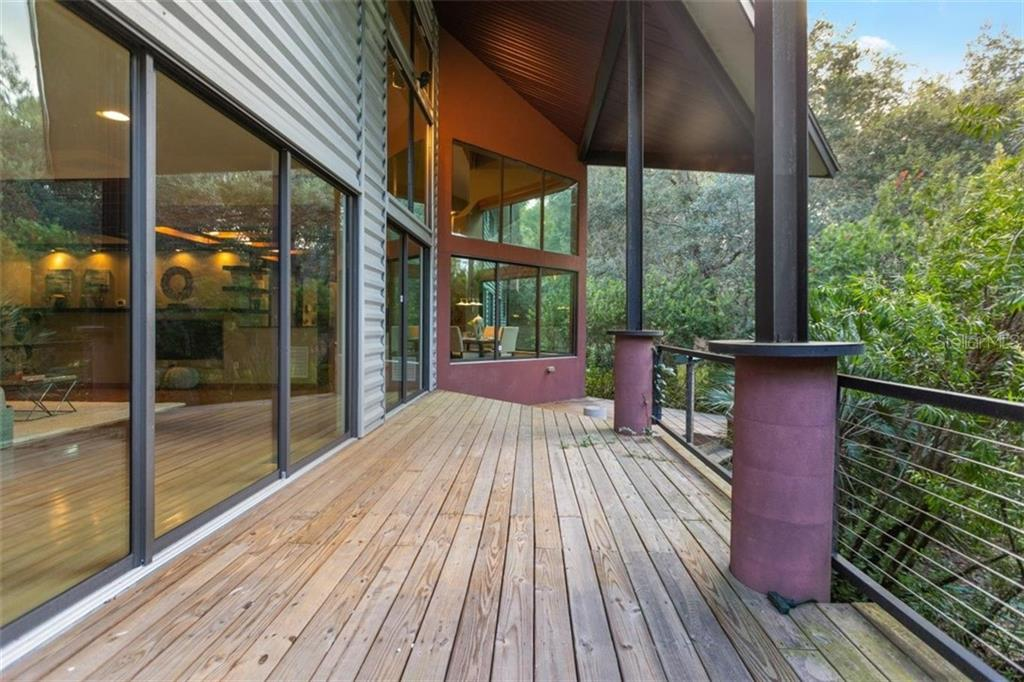 5601 Lake Griffin Road Property Photo