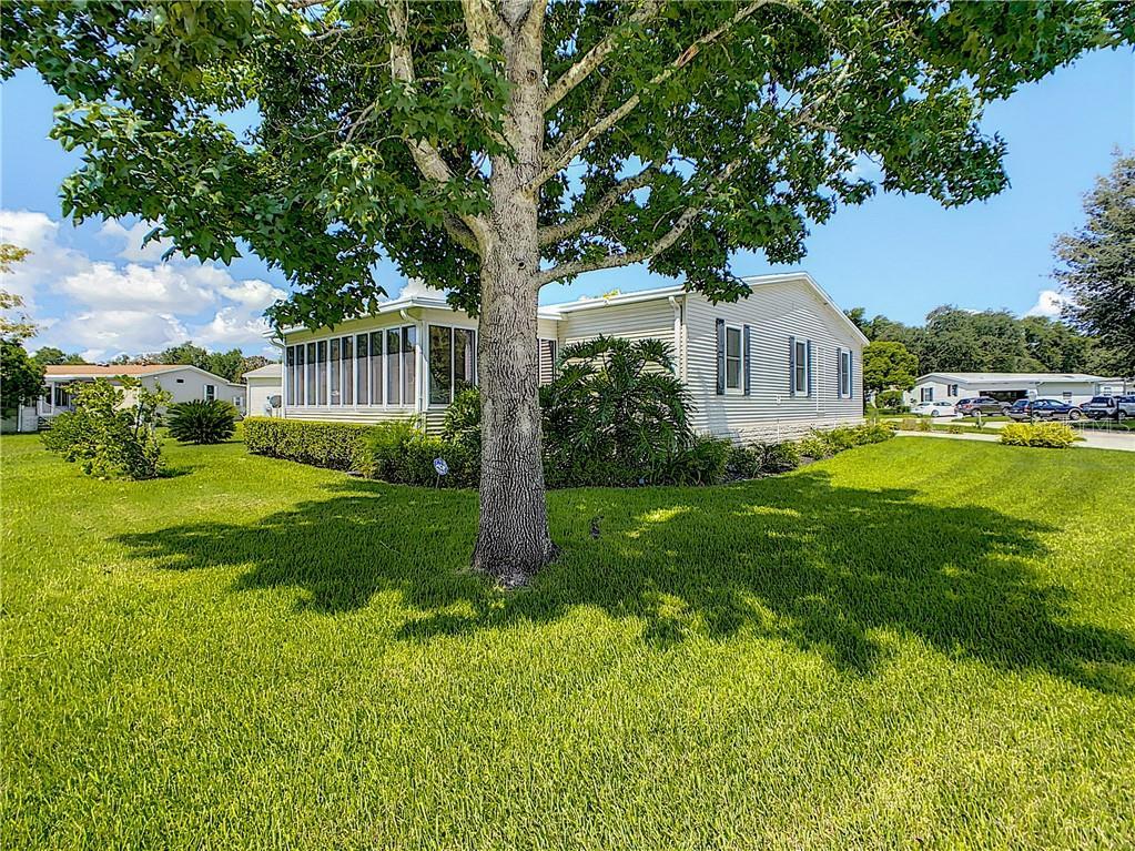 2730 Lake Grassmere Ct #884 Property Photo