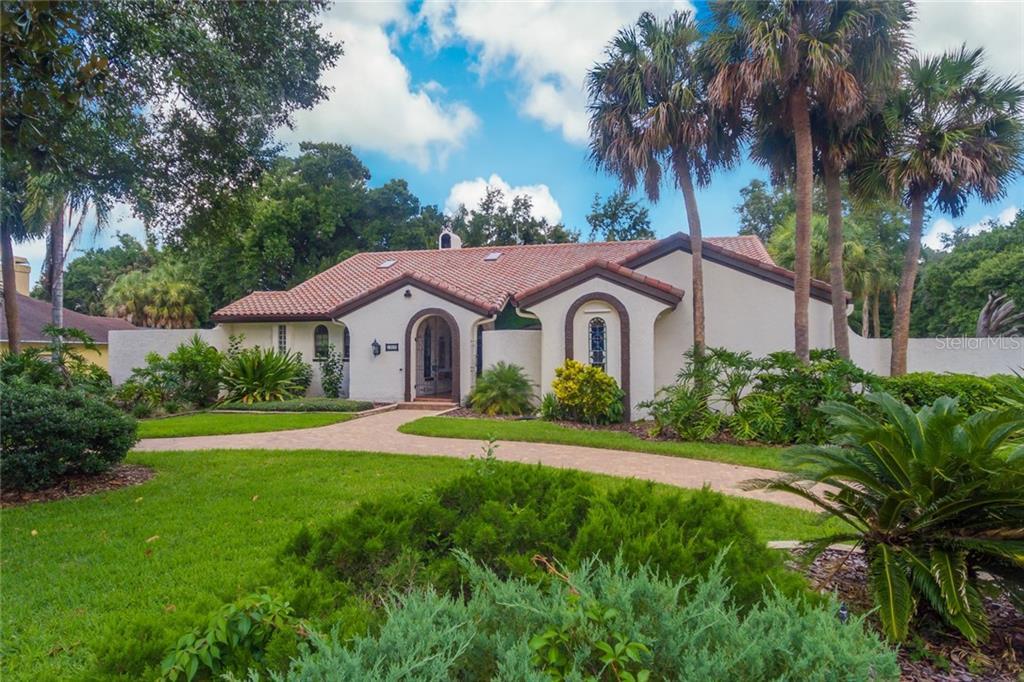 1852 MAPLE LEAF DRIVE Property Photo - WINDERMERE, FL real estate listing