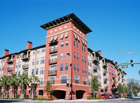 911 N Orange Avenue #410 Property Photo