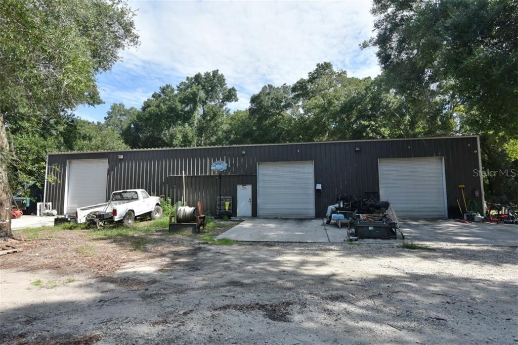458 1ST Property Photo - GENEVA, FL real estate listing
