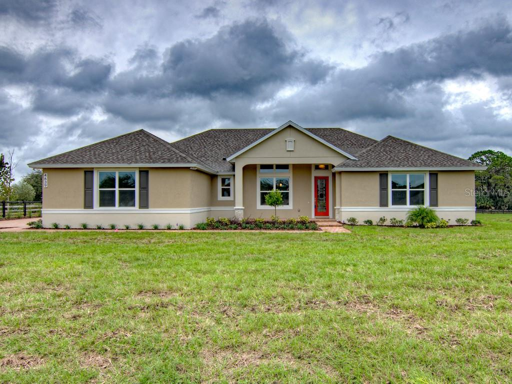 4639 CLAIRE ROSE COURT Property Photo - MOUNT DORA, FL real estate listing