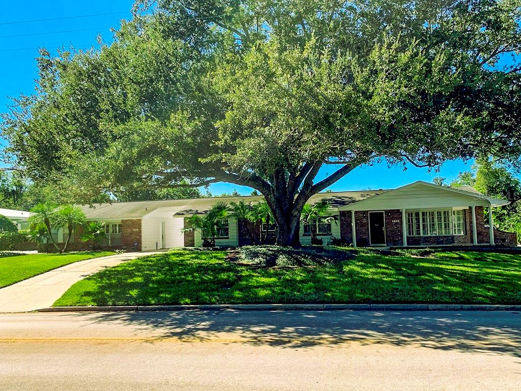 1308 S Summerlin Avenue Property Photo