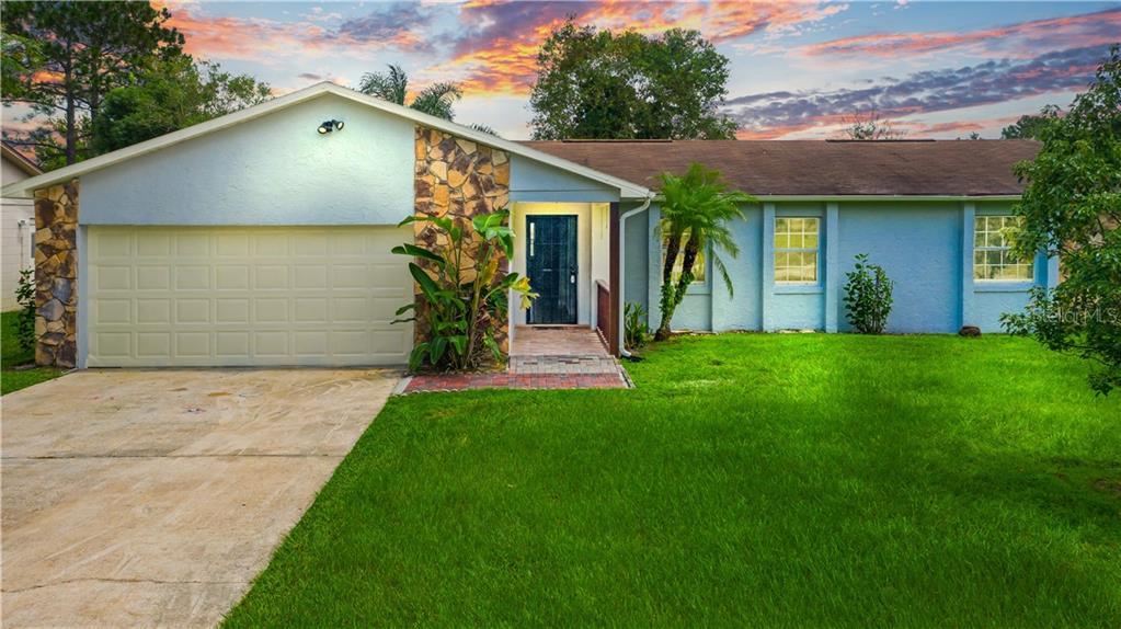 551 RIVERWOODS CIRCLE Property Photo - ORLANDO, FL real estate listing