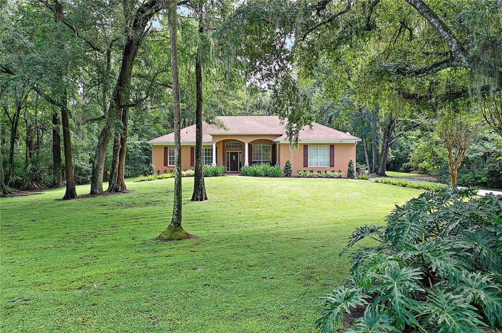 13415 MEADOW LARK TERRACE Property Photo - ASTATULA, FL real estate listing